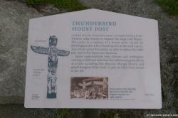Thunderbird House Post at Stanley Park Vancouver.jpg